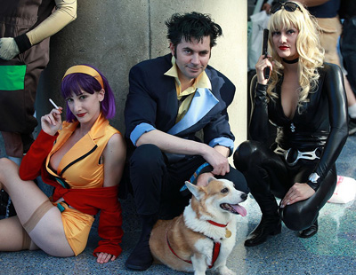 Aarkeybabble : Cowboy Bebop - they even have the dog! And Faye is smoooookin!