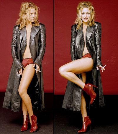 Aarkeybabble : Kate Hudson in a leather trench, high heels and smoking is yummier