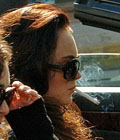 Aarkeybabble : Doesn't Lindsay Lohan know smoking while driving is dangerous? I might end up staring at her and drive into a wall! Have some compassion, please!!!